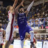 L'Happy Casa Brindisi vince nell'esordio stagionale casalingo contro la VL Pesaro 88-73