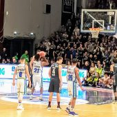 LBA – Trento vince a Sassari. Alessandro Gentile 'gela' il fratello Stefano con una 'tripla' allo scadere!